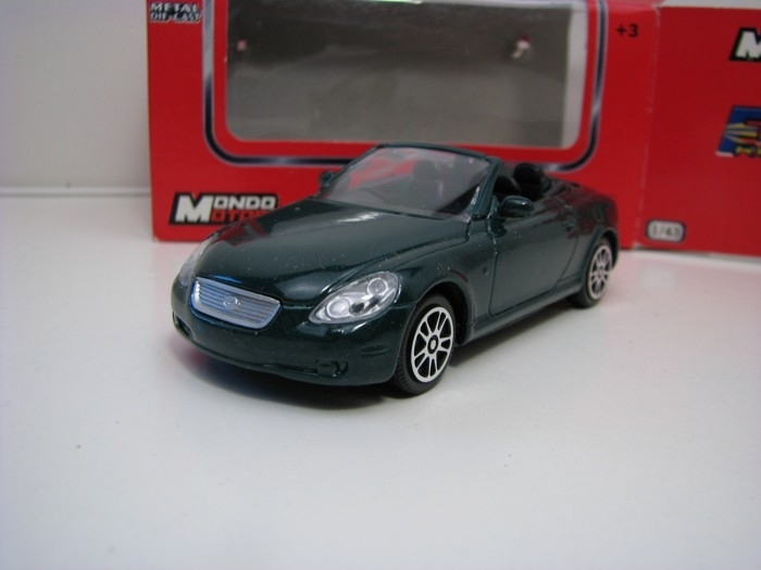 Lexus SC430 Green 1:43 Mondo Motors